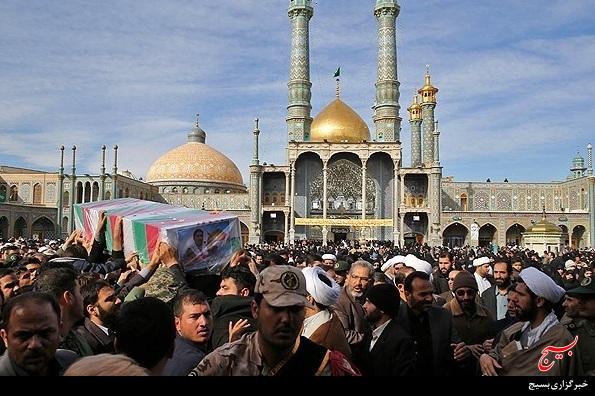 تشییع پیکر 4 شهید پاسدار مدافع حرم در قم+گزارش تصویری