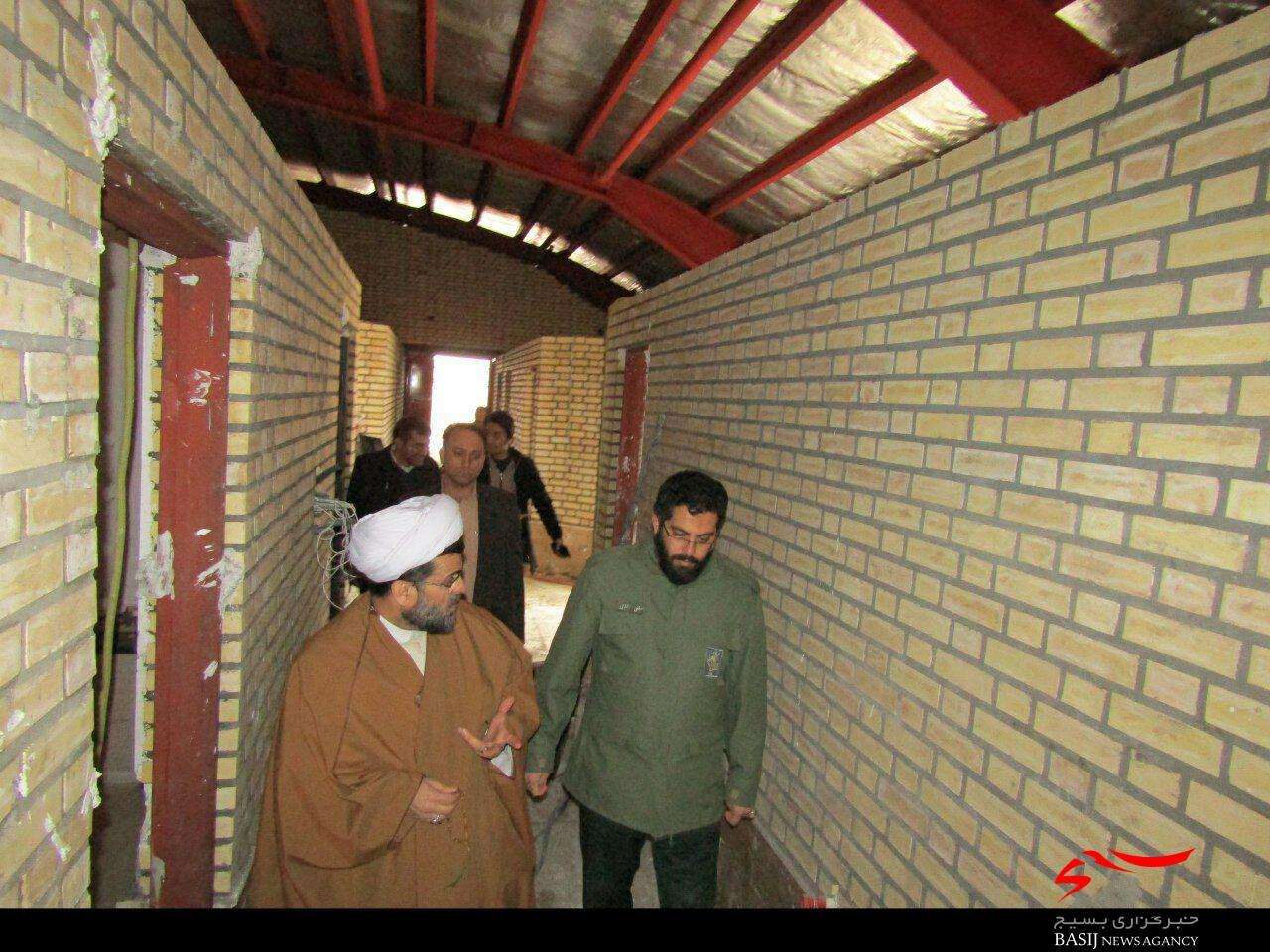 بازدید فرمانده سپاه ناحیه اشتهارد از سالن  ۹ دی روستای ایپک از توابع  شهرستان اشتهارد