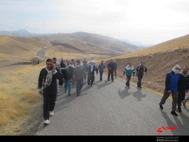 پیاده روی و کوهنوردی کارکنان ناحیه مقاومت بسیج دلفان+تصاویر