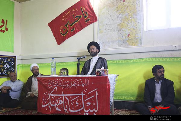 دشمن جرأت نزدیک شدن به مرزهای جمهوری اسلامی ایران و توان مقابله با ملت ایران را ندارد