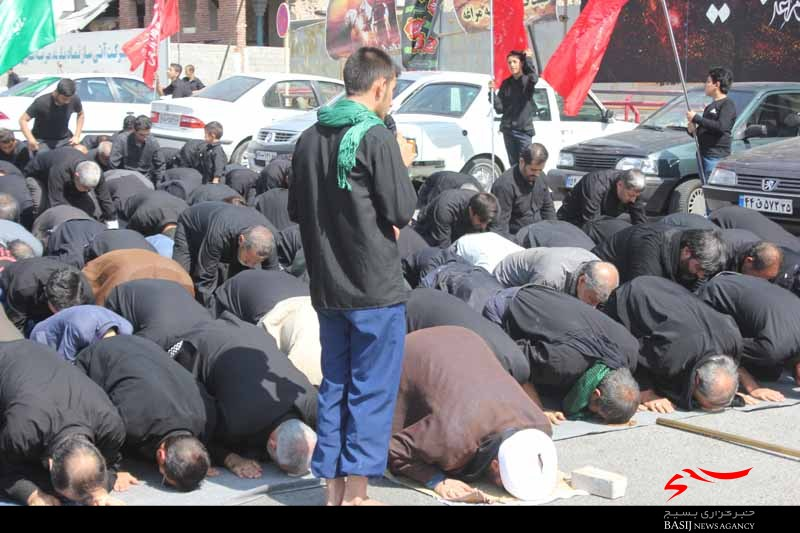 نماز ظهر عاشورا در مراغه