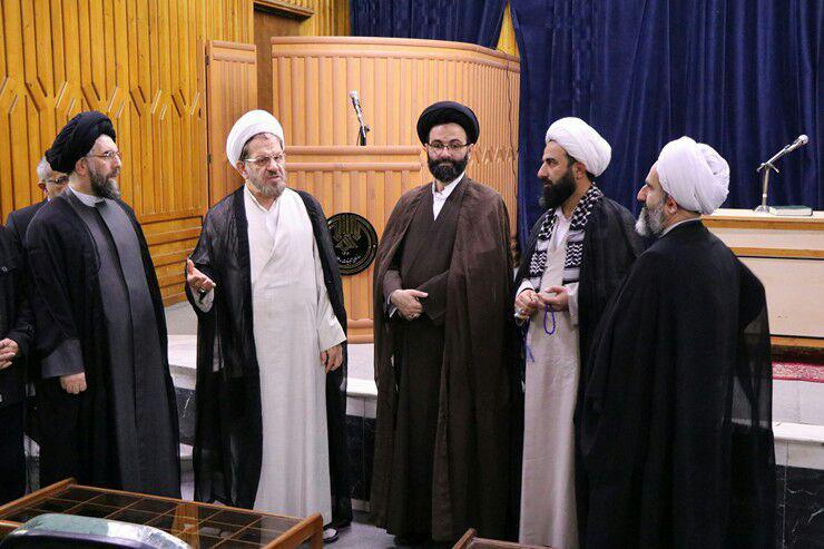 تجدید میثاق حجتالاسلاموالمسلمین مهدوی با آرمانهای شهدا و روحانی مبارز شهید میرزا کوچکخان جنگلی در آغازین روزهای پذیرش مسئولیت + تصاویر