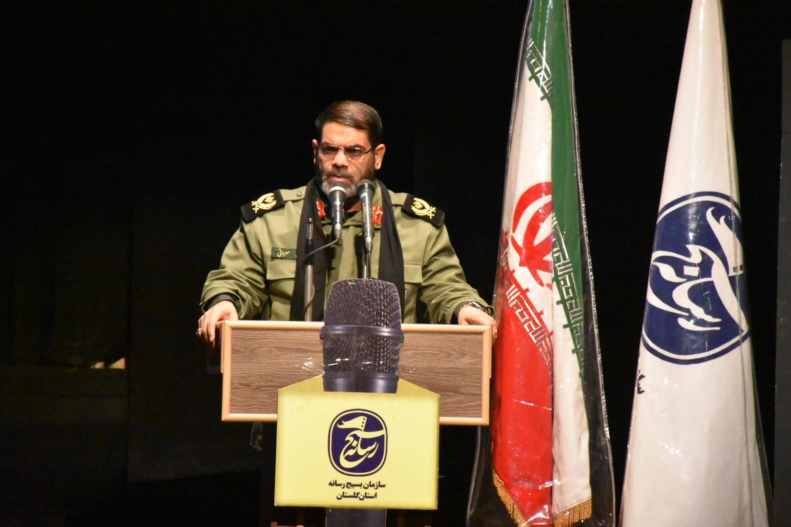 رسانه انقلابی جناحی و حزبی عمل نمیکند / موضع رسانه های ما نباید فقط پدافندی باشد