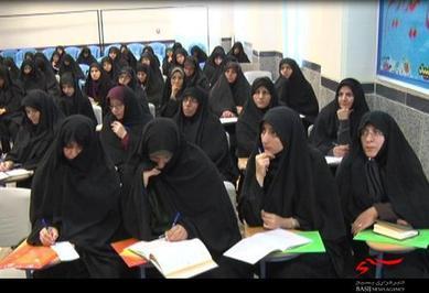 کارگاه آموزشی سبک زندگی قرآنی در میبد برگزار شد
